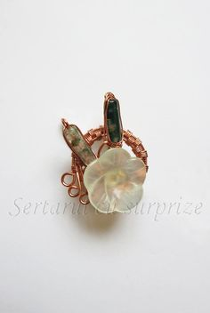 Coș cu flori Wire Jewellery, Jewelry, Druzy Ring, Stud Earrings, Jewellery Making, Jewerly, Jewelery, Stud Earring, Jewels
