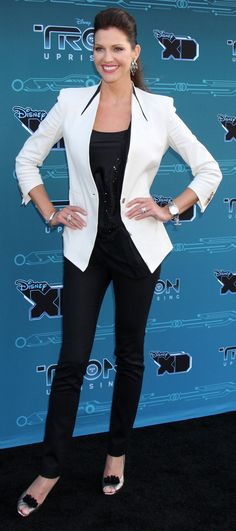 Photo Credit: WENN Pictured: Mandy Moore, Emmanuelle Chriqui, Tricia Helfer Tron: Uprising is a new animated series on Disney XD, part of the Tron franchise set between the original Tron movie and… Tron Uprising, Tricia Helfer, Emmanuelle Chriqui, Mandy Moore, Disney Xd, Solar, Celebrity, Celebs, The Incredibles