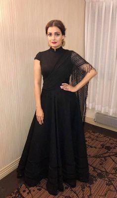 Heavy Dresses, Unique Dresses, Trendy Dresses, Simple Dresses, Beautiful Dresses, Casual Dresses, Indian Fashion Trends, Indian Designer Outfits, Designer Dresses