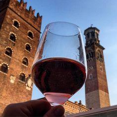 In vino veritas  #vinitaly2016 #vinitaly #occhidiprato #verona #vino #wine #italy #eccellenzeitaliane by storm767
