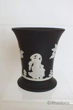 """Wedgwood Black Jasperware Vase - 3.75"""" (130523-093-1 / 12-12078-RC/EY) - For Sale with Rhodons Collectables (www.rhodonscollectables.co.uk)"""