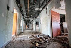 Memorial Hospital by sfldp, via Flickr