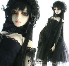 Neo-Victorian #Goth girl doll