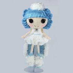 200 схем амигуруми на русском: Кукла Лалалупси Льдинка