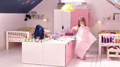Kaksi tyttöä jakavat huoneen, mutta molemmilla on oma tilansa