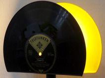 "♫NEU! Tischlampe 2in1 aus 10"" Schallplatte, Vinyl Vinyl, Music Instruments, Etsy, Vintage, Vinyl Records, Handmade, Upcycled Crafts, Vintage Comics, Primitive"