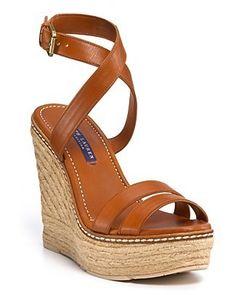 By zapatos in zapatos : espadrilles.