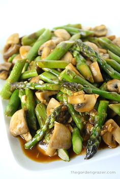 Asparagus and Mushroom Stir-Fry - Low Carb