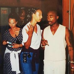 Tupac Shakur - How you want it (bastidores) Tupac Shakur, 2pac, Hip Hop Quotes, Rap Quotes, Lyric Quotes, Tupac Art, Tupac Pictures, Tupac Makaveli, Maroon 5 Lyrics