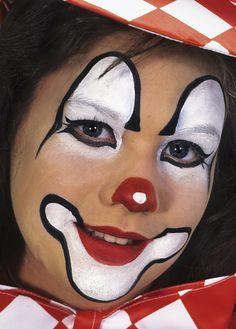 Birbirinden Güzel Palyaço Yüz Boyama örnekleri Palyaço Ronald