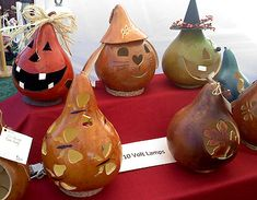 gourd ideas | Local Artisans: Honey Bee Gourds · Home and Garden | CraftGossip.com