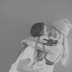 true love relationship romantic romance girl on girl lesbian gay pride Cute Lesbian Couples, Lesbian Pride, Lesbian Love, Adorable Couples, Same Love, Love Her, Lgbt Love, Model Foto, Cute Gay