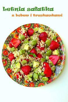 Całkiem zdrowo | Letnia sałatka z bobem i truskawkami