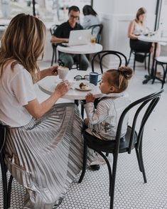 +mommy daughter date Mom And Baby, Mommy And Me, Baby Love, Cute Family, Baby Family, Family Goals, Family Photo, T Shirt Branca, Cella Jane