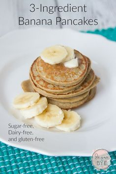 Banana Pancakes - You'll never believe how simple these are but they taste amazing! Sugar-free, Dairy-free, and gluten-free Banana Pancakes - You'll never believe how simple these are but they taste amazing! Sugar-free, Dairy-free, and gluten-free too! Gluten Free Breakfasts, Healthy Breakfast Recipes, Healthy Snacks, Healthy Recipes, Healthy Banana Pancakes, Banana Oatmeal Pancakes, Homemade Pancakes, Pancakes From Bananas, Pancakes For Babies