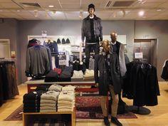 Menswear, visual merchandising, H&M, knitwear, denim, trench coat