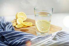 Elimina la hinchazón del abdomen con esta mezcla para el desayuno - Adelgazar en casa Watermelon Diet, Watermelon Recipes, Anti Oxidant Foods, Blue Fruits, Lower Blood Sugar, Advantages Of Watermelon, Refreshing Drinks, Healthy Alternatives, Gray Background