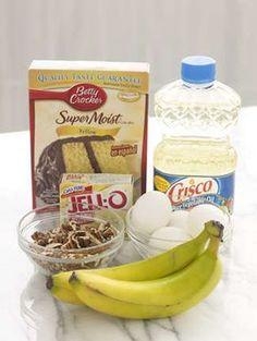 QUICK BANANA NUT BREAD box yellow cake mix 1 package Jell-O Instant Banana Cream Pudding & Pie Filling cup water cup vegetable oil 2 ripe bananas, mashed 4 eggs 1 cup chopped pecans Nut Bread Recipe, Easy Bread Recipes, Cake Mix Recipes, Banana Bread Recipes, Cake Mixes, Quick Bread, Quick Recipes, Dessert Recipes, Quick Dessert