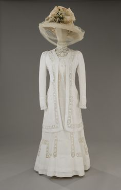 Tirelli Costumi, dress in white linen, with macramé inserts, hat with taffeta ribbon, veil made of ivory Maline tulle, designed by Piero Tosi, for Visconti's Death in Venice, 1971