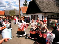 """Hungarian tradition after Easter Sunday next on Monday the Men watering Woman because they not let """"become dry the Flowers"""" - very old traditional fan Costumes Around The World, Hungarian Embroidery, Easter Traditions, Folk Dance, Old World Charm, Egg Decorating, Budapest Hungary, My Heritage, People Around The World"""
