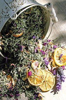 Learn how to make your own lavender potpourri
