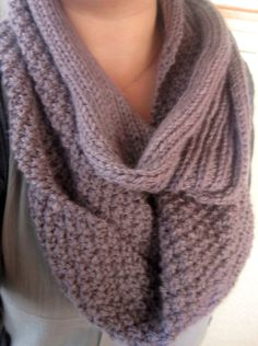 2 textured lilac scarf