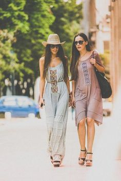 Boho street style in Bucharest. Flowing dresses and a hat.  #boho #street #style