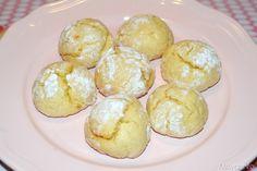 Biscotti al limone, scopri la ricetta: http://www.misya.info/2013/10/05/biscotti-al-limone.htm
