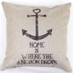 Pillows Assorted styles and sayings!                                                                                                                                                                                 Mehr