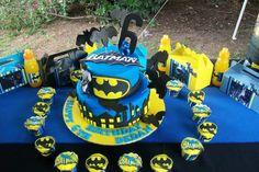 superhero-batman-birthday-party-ideas cake