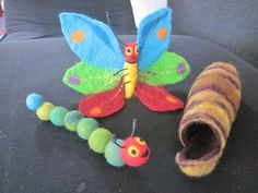A story to touch ! The small caterpillar Nimmersatt built himself a close … - Healthy Food Art Felt Crafts, Diy And Crafts, Crafts For Kids, Arts And Crafts, Wet Felting, Needle Felting, Hungry Caterpillar Party, Kindergarten Crafts, Butterfly Crafts