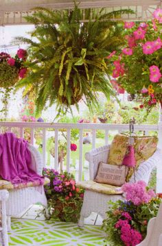 Sunrooms And Decks, Decks And Porches, Summer Porch, Summer Garden, Front Porch Furniture, Shabby Chic Porch, English Decor, Romantic Room, Outdoor Living Rooms