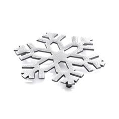 Serve those warming winter dishes on our dimensional snowflake trivet with a classic cutout shape and beautiful hammered silver finish. Small feet raise the trivet above tabletops and counters. AluminumHand washNot dishwasher-safeMade in India. Christmas Decorations For The Home, Christmas Holidays, Holiday Decor, Christmas 2019, Holiday Ideas, Christmas Ideas, Merry Christmas, New Year's Eve Gala, Baking Gadgets