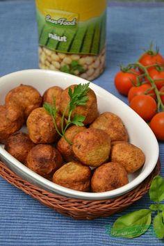 Chiftelute de naut -Falafel Good Healthy Recipes, Vegan Recipes, Cooking Recipes, Healthy Food, Falafel, Appetizer Recipes, Appetizers, Romanian Food, Lebanese Recipes