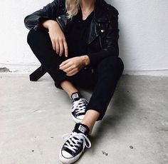 black and white style | leather jacket | black converse | black skinnies