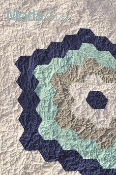 Moda's New Precut: Honeycombs   A QuiltTutorial on the Moda Bake Shop. http://www.modabakeshop.com