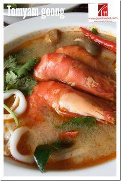 Classic Iconic Thai Prawn Soup–Tom Yum Goong (ต้มยำกุ้ง 冬荫功)    #guaishushu #kenneth_goh #tom_yum