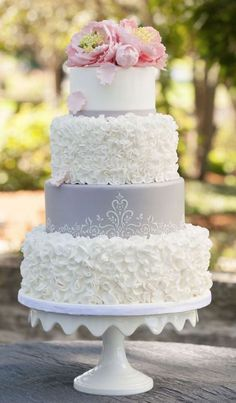 Featured Photographer: Edward Fox Photography, Featured Cake: Elysia Root Cakes; Wedding cake idea.