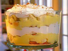 Easy Southern Banana Pudding Recipe: Banana Pudding With Vanilla Wafers
