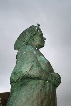 De vissersvrouw in Scheveningen.