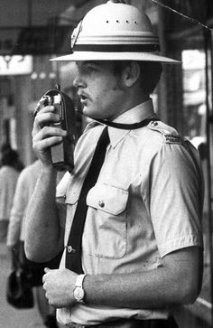 The 1970s fashions, firearms and forensics that made Victoria Police tick   Herald Sun