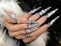Stiletto nails. What beautiful art.