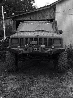Mudding XJ Jeep. Get muddy! Mud mud mud mud.