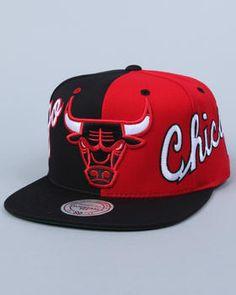 3645d50f59e Mitchell   Ness - Chicago Bulls slit snapback cap Flat Hats