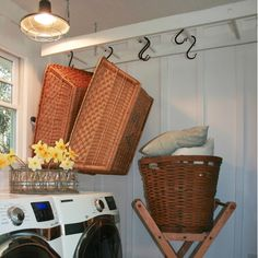 Repurposed Ladder to Laundry Room Storage by The Polished Pebble, featured @totgreencrafts