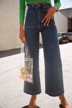 Sailor Jean - Comfort Ink Sailor Jean - Comfort Ink - Lisa Says Gah . Outfits Otoño, Tumblr Outfits, Fashion Outfits, Hiking Outfits, Work Outfits, Womens Fashion Online, Latest Fashion For Women, Marie Von Behrens, Quoi Porter