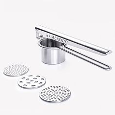 NEW D.LINE STAINLESS STEEL SPRING ACTION POTATO MASHER DUAL-ACTION RICER HAND