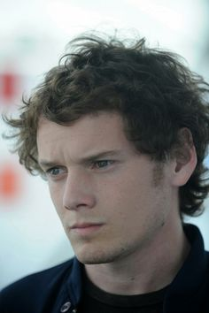 Anton Yelchin in Like Crazy Anton Yelchin, Kyle Reese, Star Trek 2009, Like Crazy, Beautiful Person, Celebrity Hairstyles, Best Actor, Girl Face, Celebrity Pictures