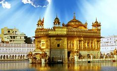 To see the Golden Temple Gurdwara in Amritsar, India.the most famous temple of the Sikh faith! Udaipur, Varanasi, Travel And Tourism, India Travel, Travel Guide, Travel Tours, Travel Destinations, Agra, Temple Indien