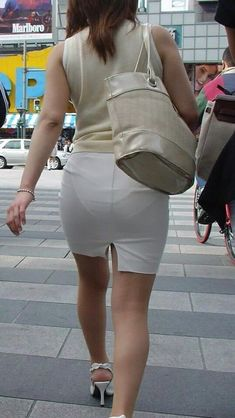 VPL: 32 thousand results found on Yandex. Japanese Office Lady, Short Skirts, Mini Skirts, Tight Skirts, Pencil Skirt Work, Girls In Panties, Sexy Hips, Lingerie Pictures, Sexy Skirt